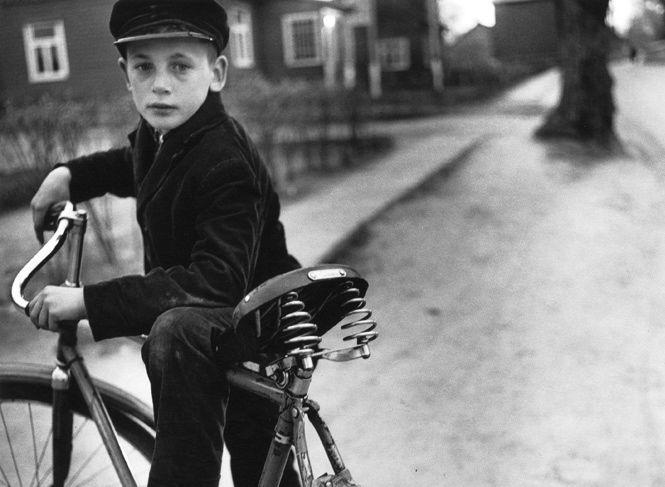 Антанас Суткус. С отцовским велосипедом