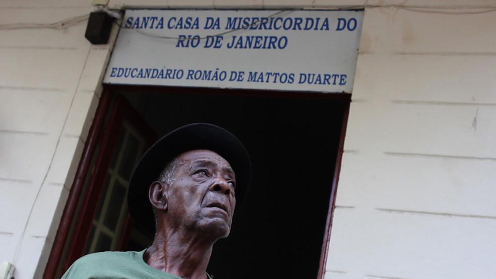 """Кадр из фильма """"Мальчик 23: забытые дети Бразилии"""""""
