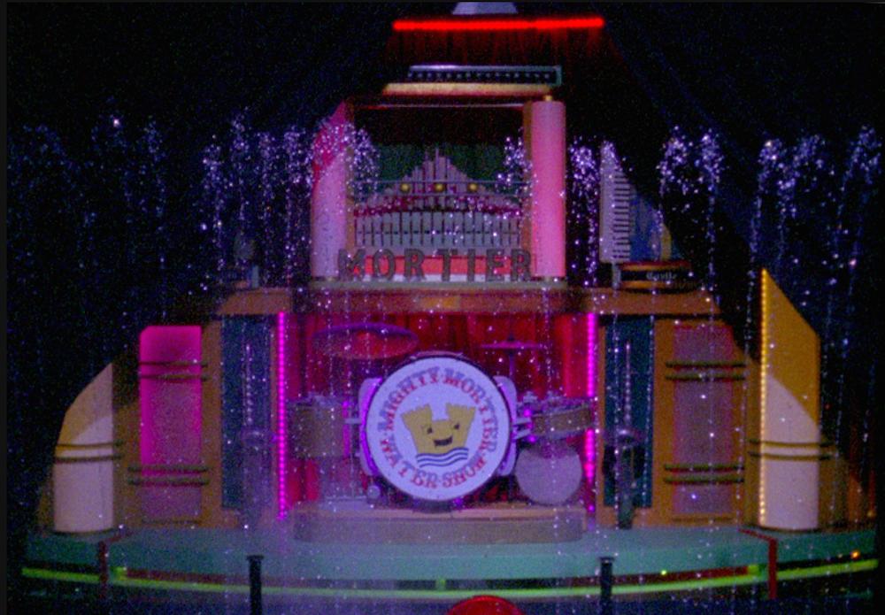 Кадр из фильма Водное шоу «Extravaganza»