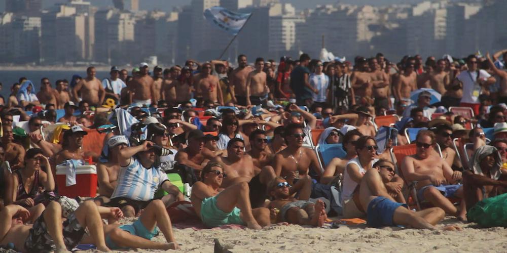 "Кадр из фильма ""Пляж"""