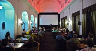 В День российского кино состоялась дискуссия о влиянии телевидения на кинопроцесс в России