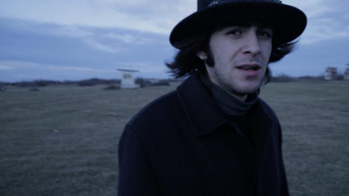"""кадр из фильма """"Postoto"""""""